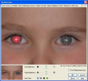 Red eye removal with S10 RedEyes: Smooth redness removal with pixel blending